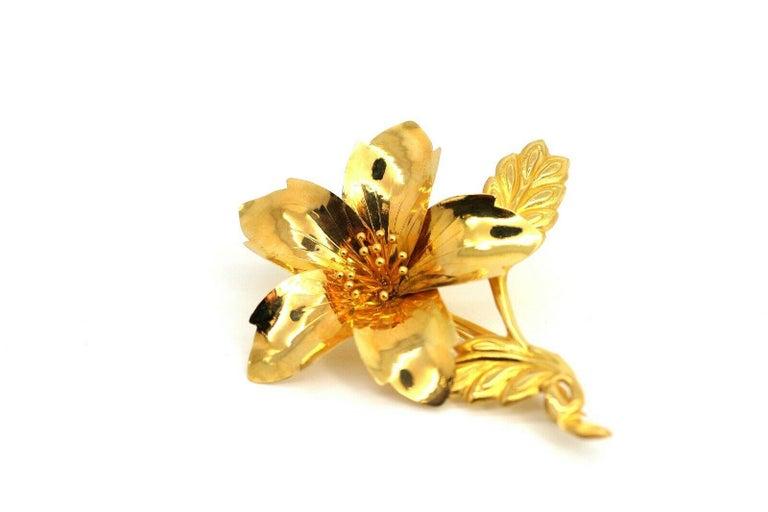 Vintage 20 Karat Yellow Gold Flower Pin Brooch 5.3gr For Sale 1