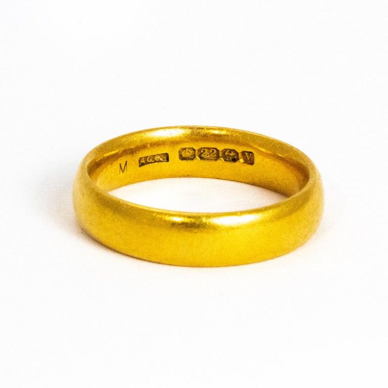 Women's or Men's Vintage 22 Carat Gold Wedding Band For Sale