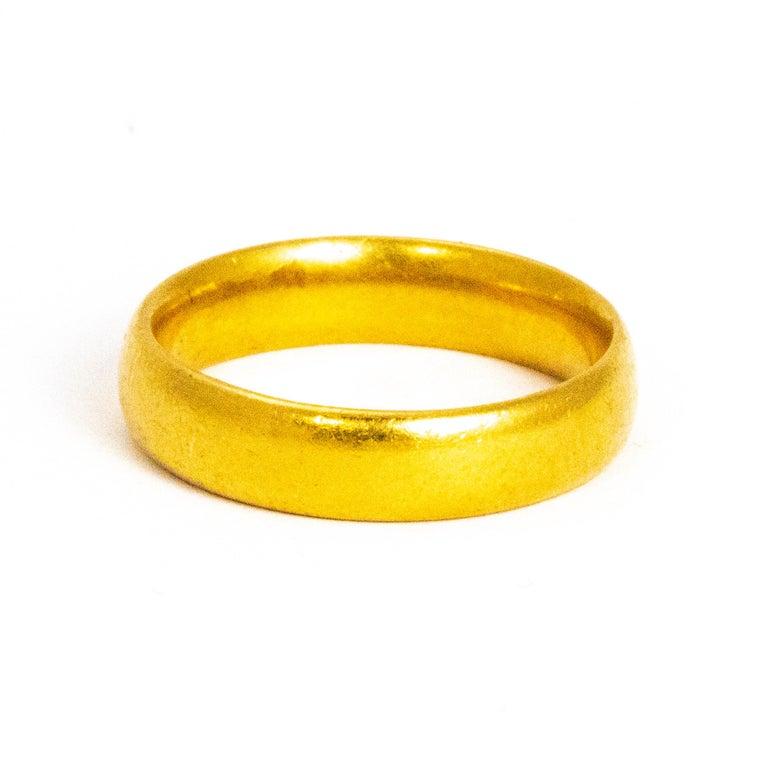 Vintage 22 Carat Gold Wedding Band For Sale 2