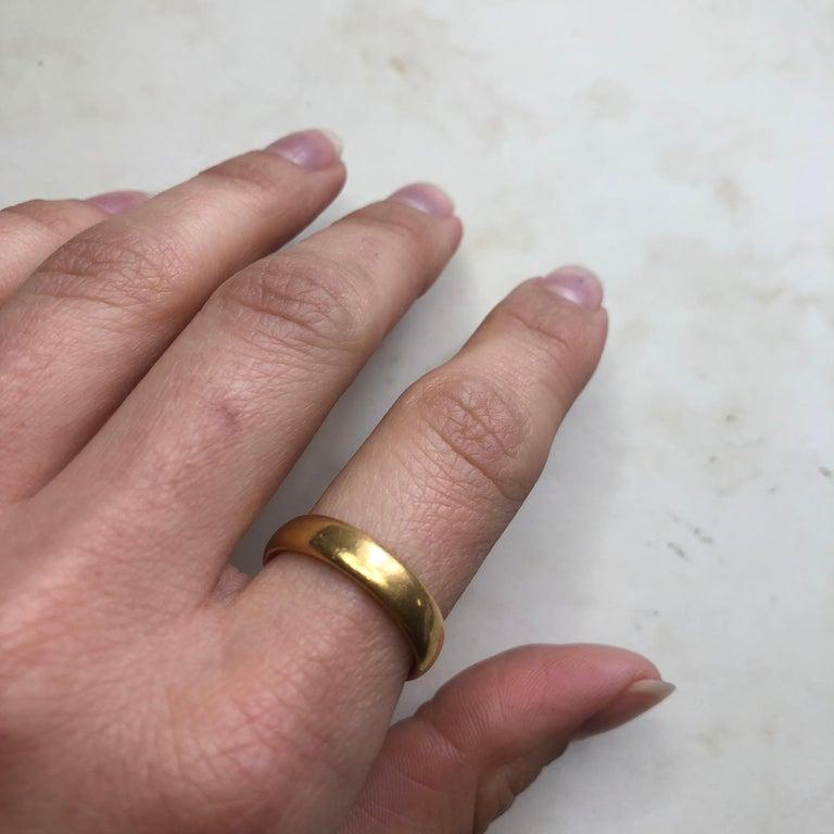 Vintage 22 Carat Gold Wedding Band For Sale 3