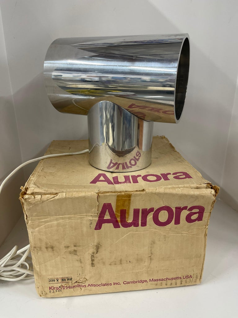 Vintage 220v 1970s Aurora Clock with Box For Sale 5