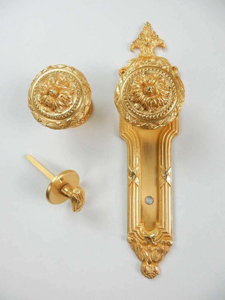 Vintage 22-Karat Plated Door Knob, Bolt & Escutcheon from Sherle Wagner, 1960s In Good Condition For Sale In Las Vegas, NV