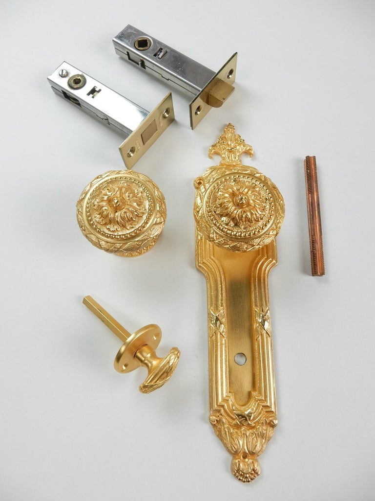 20th Century Vintage 22-Karat Plated Door Knob, Bolt & Escutcheon from Sherle Wagner, 1960s For Sale