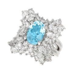 Vintage 2.30 Carat Aquamarine 4.16 Carat Diamond 18 Karat White Gold Dress Ring