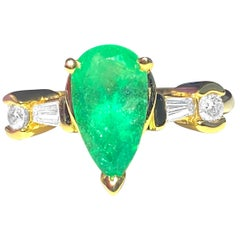 Vintage 2.30 Carat Emerald and Diamond Cocktail Ring