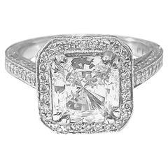 Vintage 2.40 Carat Diamond Engagement Ring for Her in Platinum