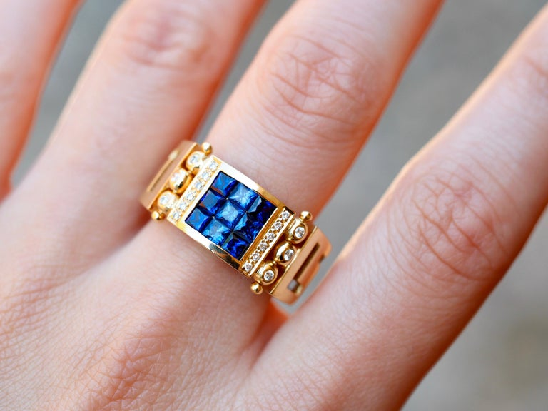 Women's or Men's Vintage 2.50 Carat Sapphire and Diamond Cocktail Ring in 18 Karat Yellow Gold For Sale