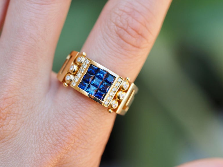 Vintage 2.50 Carat Sapphire and Diamond Cocktail Ring in 18 Karat Yellow Gold For Sale 1
