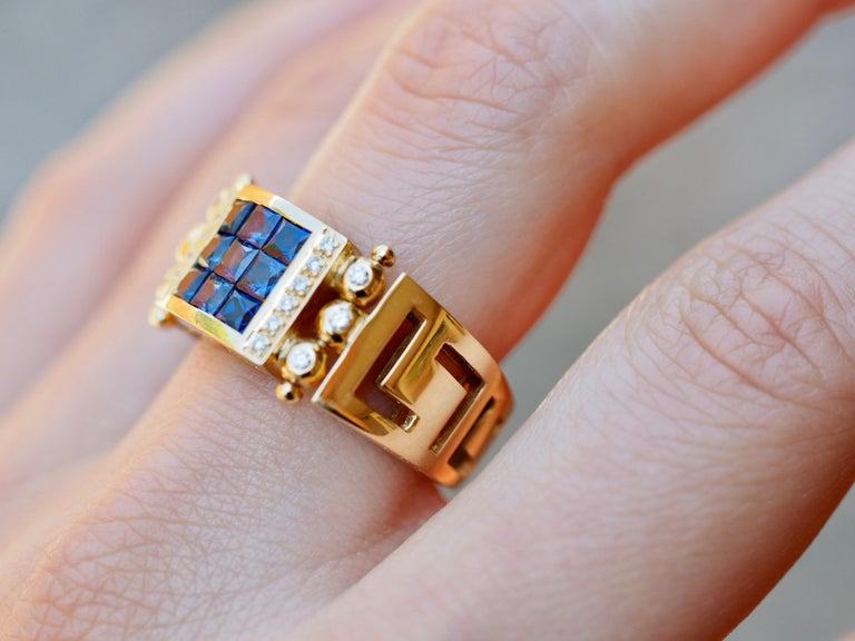 Vintage 2.50 Carat Sapphire and Diamond Cocktail Ring in 18 Karat Yellow Gold For Sale 2