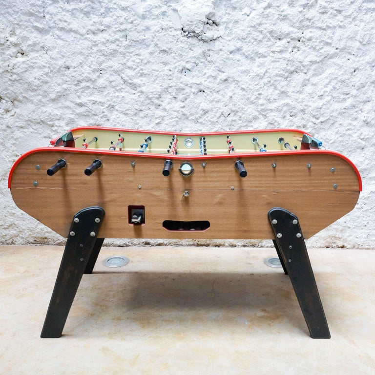 Vintage 360 Bonzini Table Football, circa 1960 In Good Condition For Sale In Barcelona, Barcelona