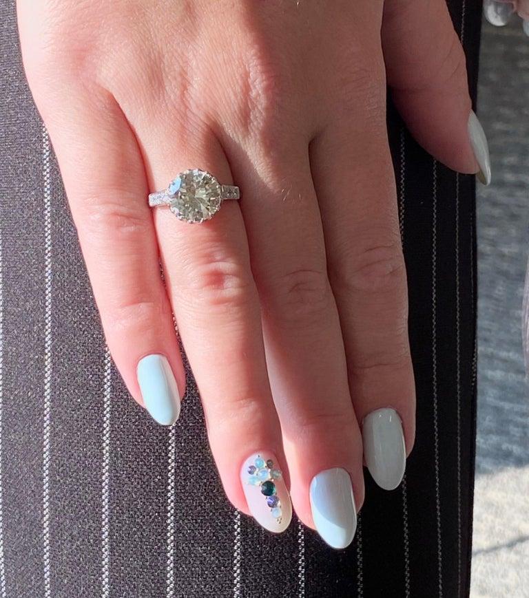Women's Vintage 3.67 Carat Round Cut Diamond Platinum Engagement Ring
