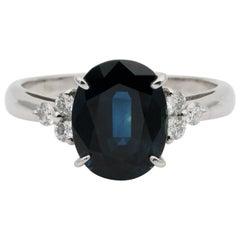 Vintage 3.78 Carat Natural Sapphire .22 Carat Diamond Fine Platinum Ring