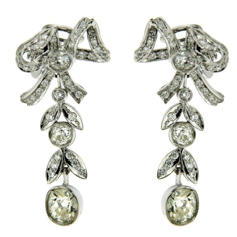 Vintage 4.10 Carat Diamond Gold Drop Earrings