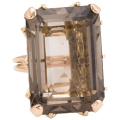 Vintage 45 Carat Smoky Quartz Cocktail Ring 18 Karat Gold Estate Fine Jewelry