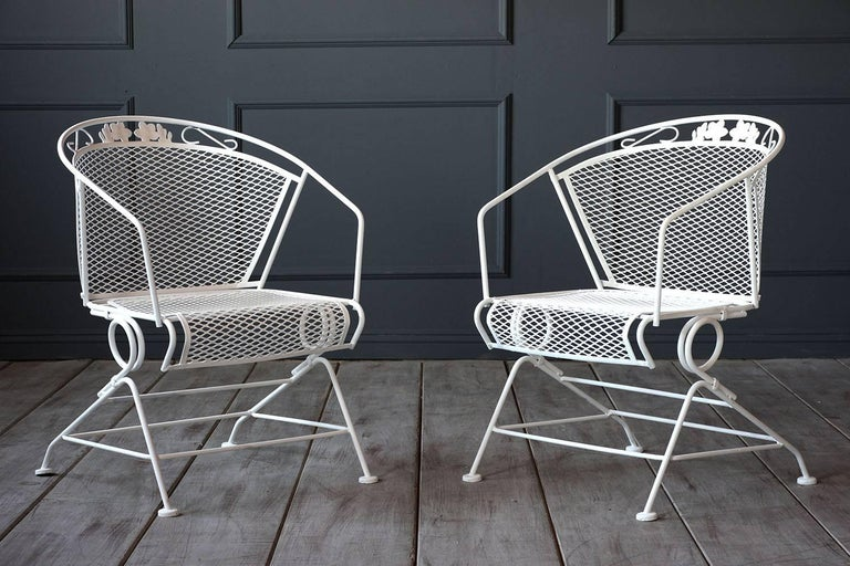 Vintage Five-Piece Patio Dining Set In Excellent Condition For Sale In Los Angeles, CA