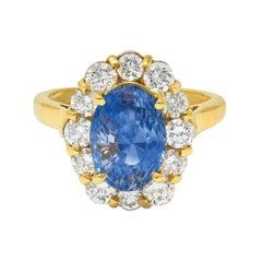 Vintage 5.00 Carats No Heat Ceylon Sapphire Diamond 18 Karat Gold Cluster Ring G