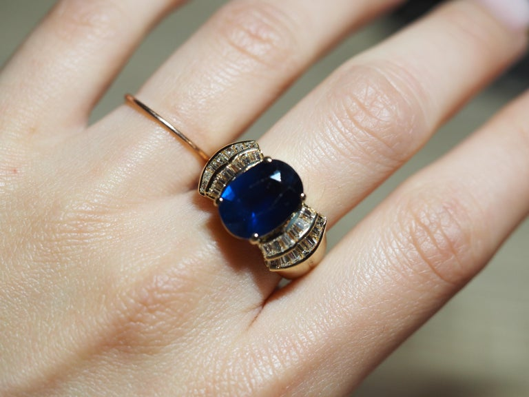 Oval Cut Vintage 5.13 Carat Oval Sapphire Diamond Ring Yellow Gold Ring For Sale