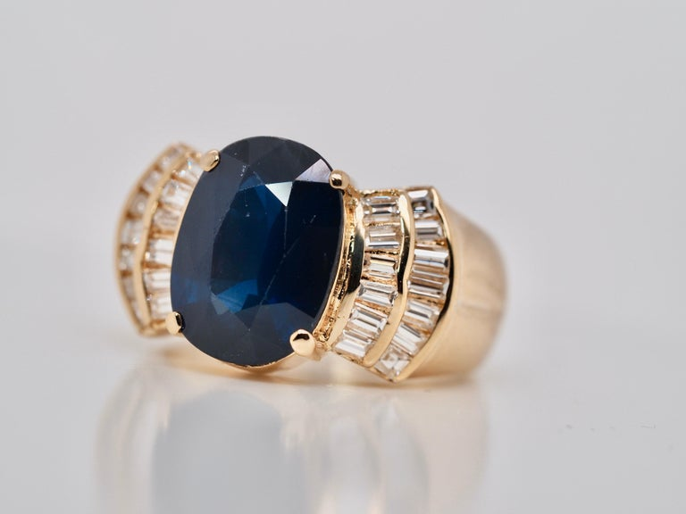 Vintage 5.13 Carat Oval Sapphire Diamond Ring Yellow Gold Ring For Sale 3