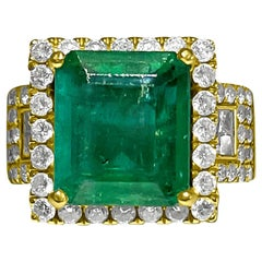 Vintage 5.50 Carat Natural Emerald and Diamond Ring