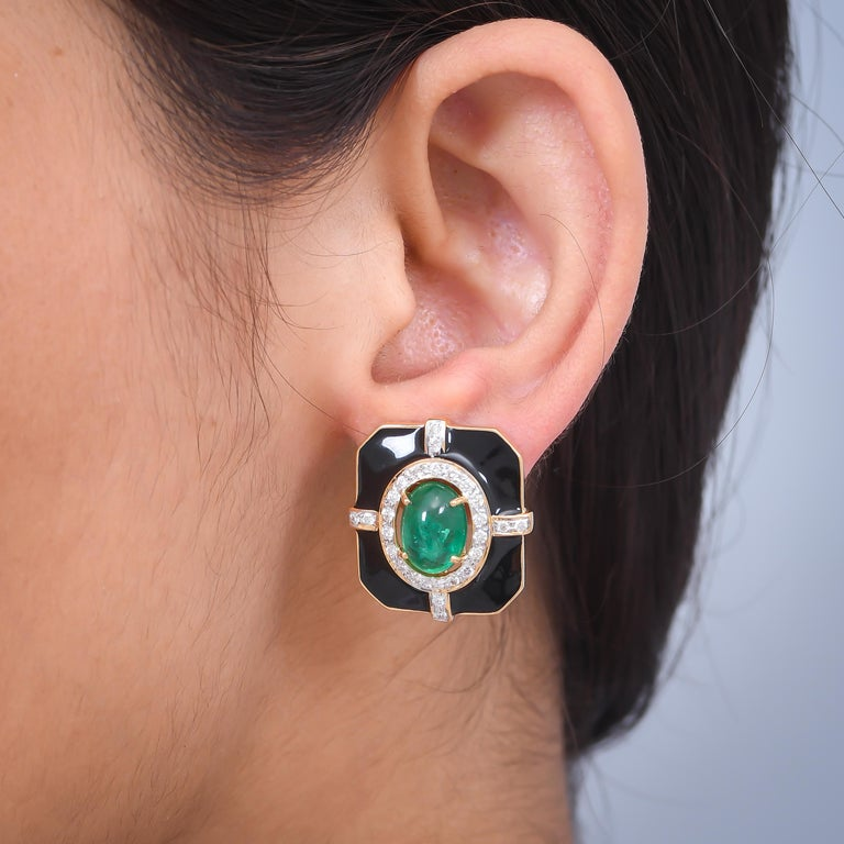 Oval Cut  5.69 Carat Emerald Diamond And Black Enamel 18 Karat Yellow Gold Earrings For Sale