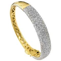 Vintage 6.00 Carat Diamonds and Yellow Gold Bracelet