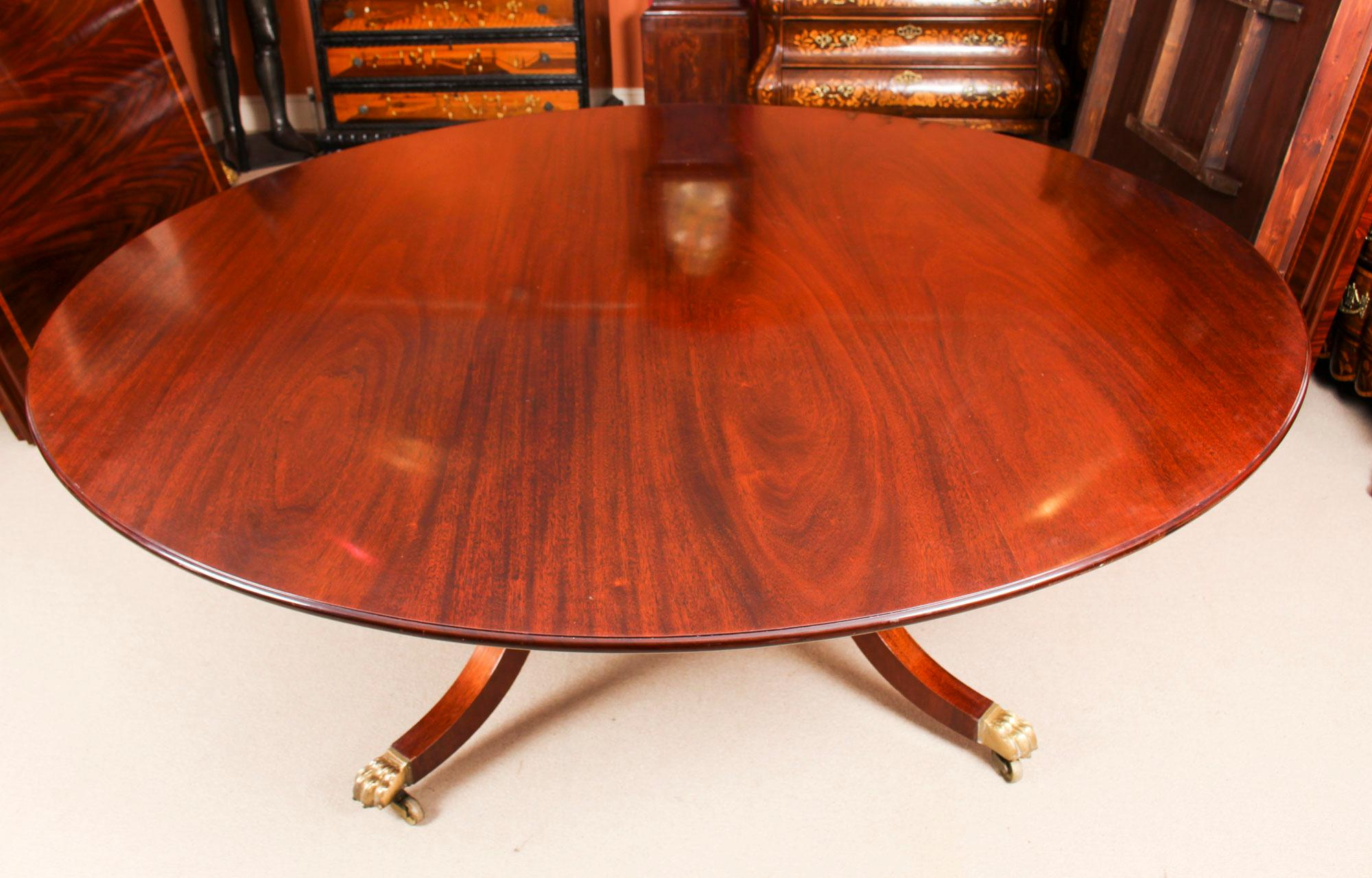 Round Table Orange.Vintage Round Table And 8 Bespoke Chairs William Tillman 20th Century