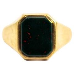 Vintage 9 Carat Gold Bloodstone Signet Ring
