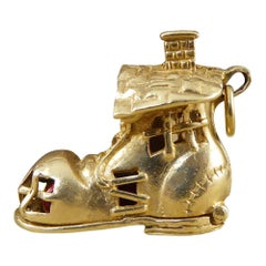 Vintage 9 Carat Gold Boot Charm with a Hidden Rhyme Scene Inside
