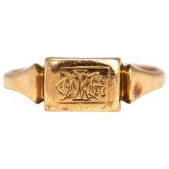 Vintage 9 Carat Gold Initial Signet Ring