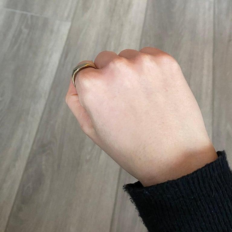 Vintage 9 Carat Gold Signet Ring For Sale 2
