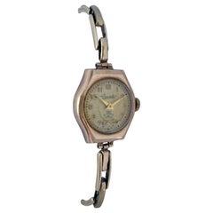 Vintage 9 Karat Gold London Case Made Ladies Mechanical Watch
