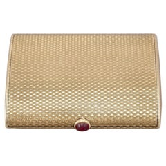 Vintage 9 Karat Yellow Gold and Ruby Compact by Boucheron, 1964