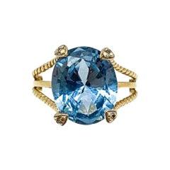 Vintage 9ct Gold Blue Topaz & Diamond Cocktail Ring