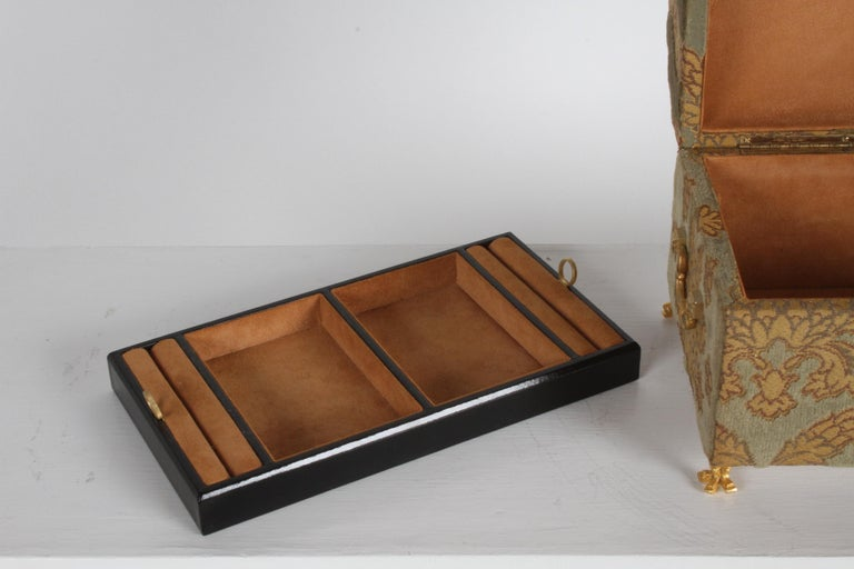 Vintage A. Antinori Roma Italy Jacquard Velvet Jewelry Box Casket Storage Chest For Sale 10