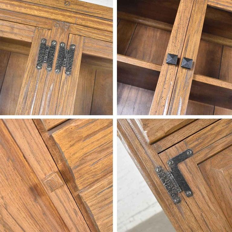 Vintage A. Brandt Ranch Oak Sideboard China Hutch Cabinet Western Rustic For Sale 7