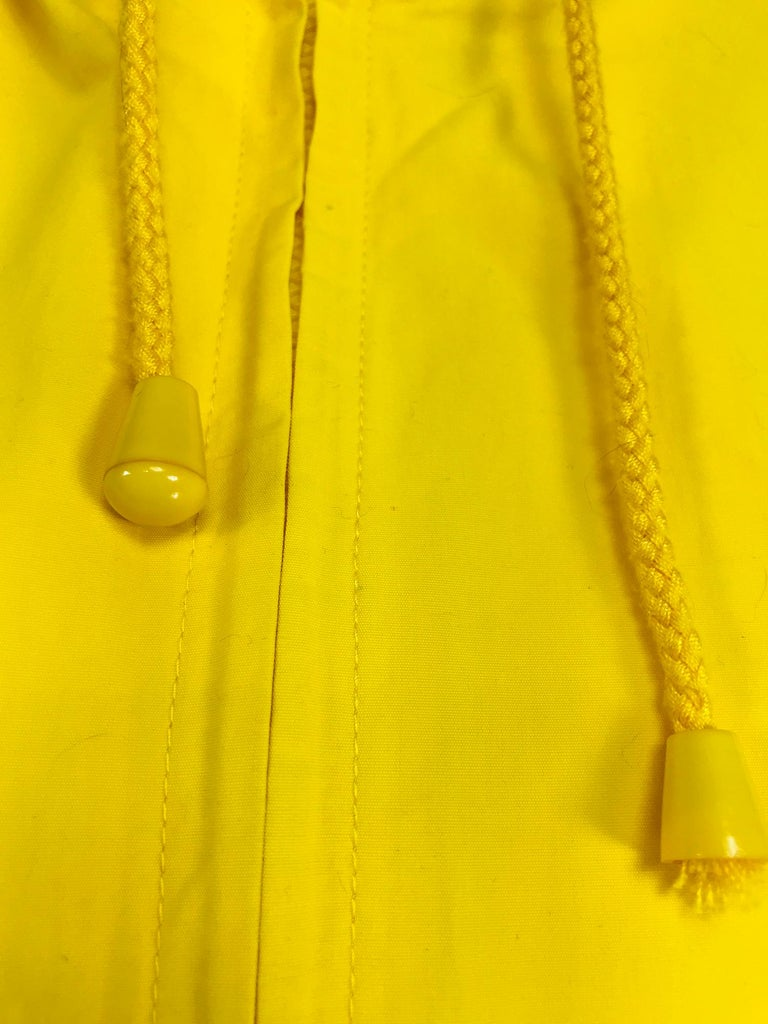 Vintage A Line Anne Klein Bright Yellow A Line Zip Front Jacket with Hood  For Sale 6