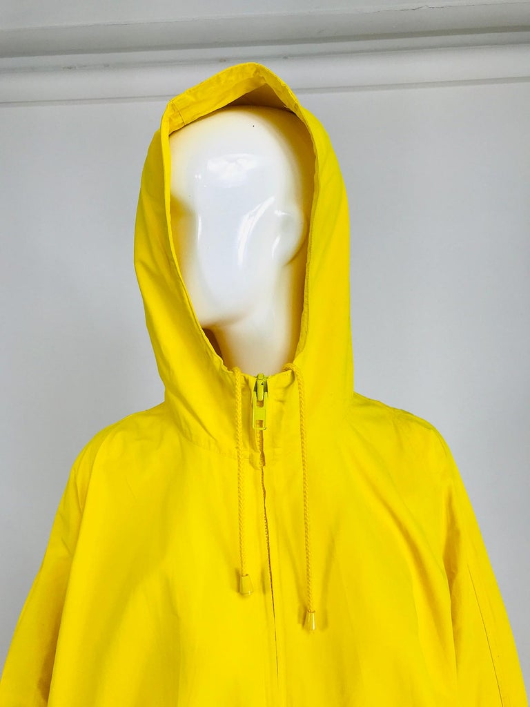 Vintage A Line Anne Klein Bright Yellow A Line Zip Front Jacket with Hood  For Sale 7