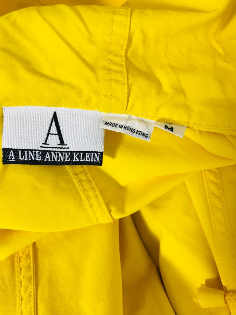 Vintage A Line Anne Klein Bright Yellow A Line Zip Front Jacket with Hood  For Sale 11