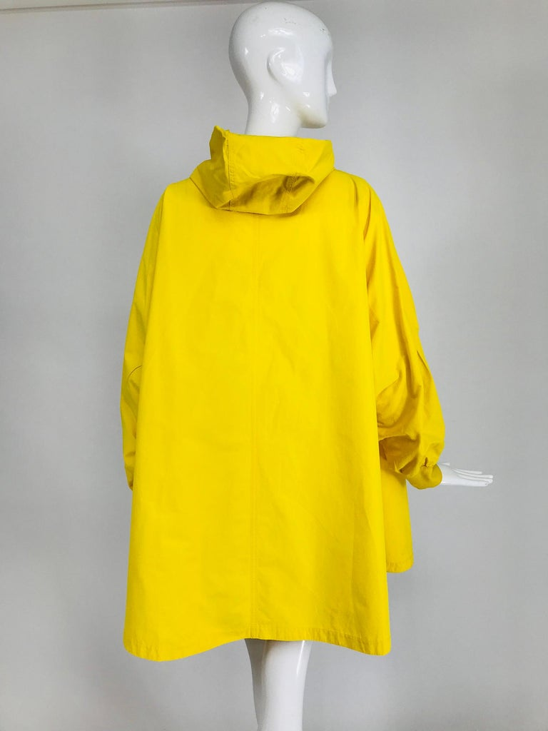 Vintage A Line Anne Klein Bright Yellow A Line Zip Front Jacket with Hood  For Sale 1