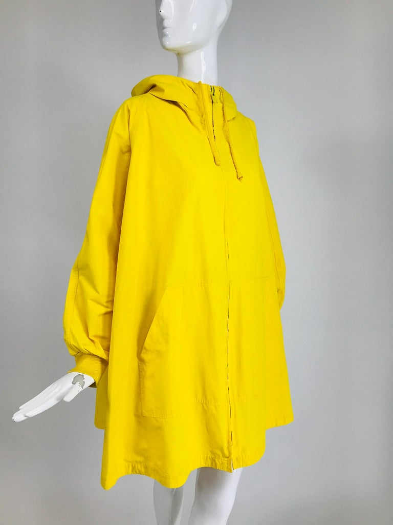 Vintage A Line Anne Klein Bright Yellow A Line Zip Front Jacket with Hood  For Sale 4