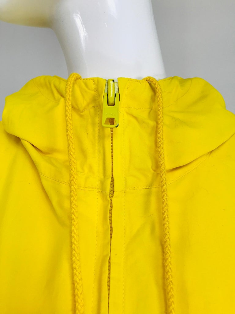 Vintage A Line Anne Klein Bright Yellow A Line Zip Front Jacket with Hood  For Sale 5