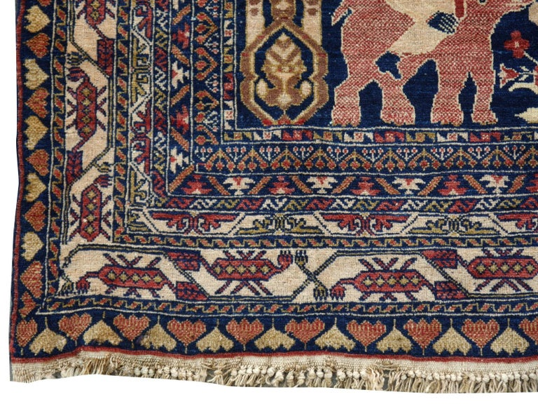 Vintage Afghan War Rug with Lions Elephants and Warriors 6 x 4 ft In Good Condition For Sale In Lohr, Bavaria, DE