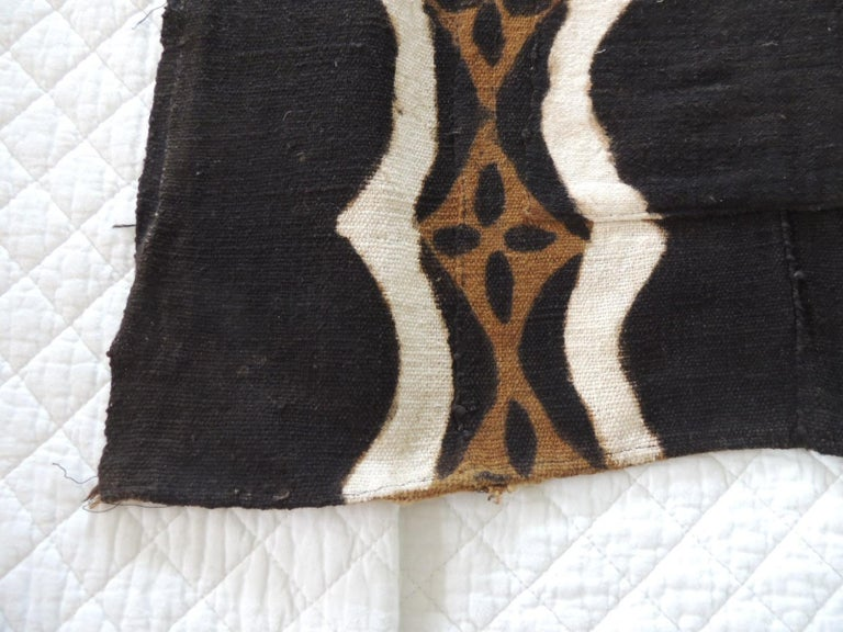 Vintage African black and brown mudcloth/ mud cloth textile. Front of a men shirt. Ideal to frame or to make pillows. Size: 28