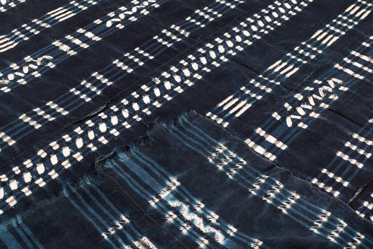 Vintage African Indigo Dyed Cotton Textile In Excellent Condition For Sale In New York, NY