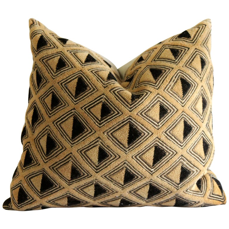 Vintage African Kuba Cloth pillow Black and Tan Pattern For Sale