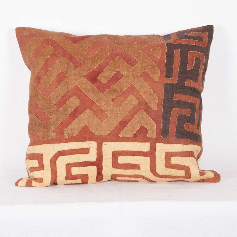 Vintage African Kuba Cloth Pillow Cases, Mid-20th Century For Sale 5