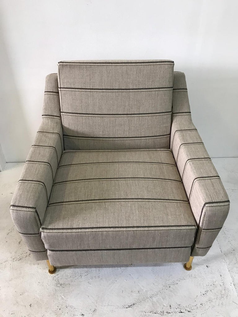 Vintage Airborne Italian Armchair In Good Condition For Sale In East Hampton, NY