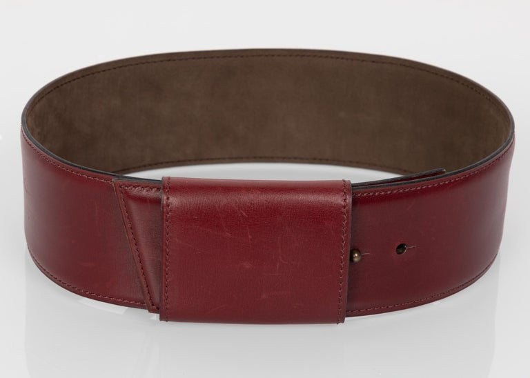 Women's Vintage Alaïa Burgundy Leather Waist Belt For Sale