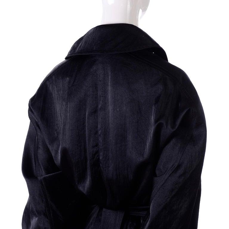 Vintage Alaia Paris Regenmantel der 1990er Jahre schwarzer Trenchcoat 10