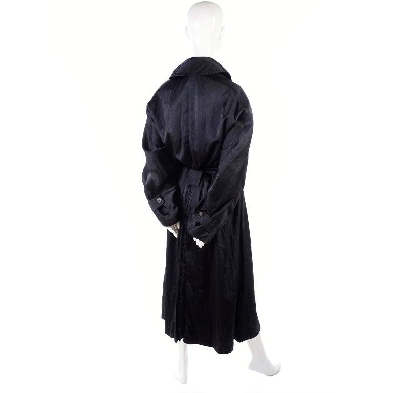 Vintage Alaia Paris Regenmantel der 1990er Jahre schwarzer Trenchcoat 12